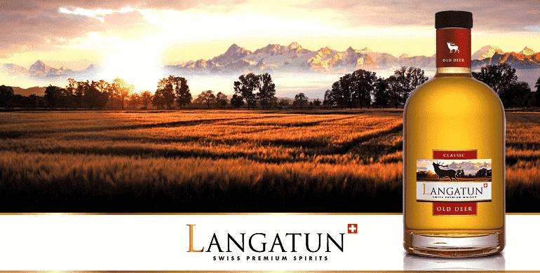 Die Gebrüder Langatun  In der Welt des Whiskeys erfreuen sich Produzenten, die nicht aus Großbritannien oder Irland stammen zunehmender Beliebtheit. Abgesehen von traditionellen Whiskeyherstellern, die ihren Sitz in Kanada und in den USA haben, gibt es zahlreiche Destillerien in Europa und Asien, die einen hervorragenden Ruf genießen. Eine dieser Destillerien befindet sich in der Schweiz und wird von den Gebrüdern Langatun betrieben. Die Destillerie trägt ebenfalls den Namen Langatun und produziert die Whiskeys Langatun Old Bear und Langatun Old Dear. Mehr über europäischen Whiskeys erfahren Sie übrigens in unserem Post zum Thema!  Die Langatun Destillerie  Obwohl die Destillerie Langatun erst seit Kurzem internationalen Ruhm genießt, begann die Geschichte der Schweizer Destillerie schon vor langer Zeit. Urvater der Destillerie ist der Schweizer Jakob Baumberger, der in der Gemeinde Langenthal Bier braute. Die Gemeinde war ursprünglich als Langatun bekannt und verlieh der Destillerie ihren Namen. Baumberger produzierte in den Anfangsjahren vorwiegend Bier, begann aber nach und nach auch damit, Destillate herzustellen. Die Brauerei hatte großen, kommerziellen Erfolg und wurde in weiterer Folge von den Kindern und Enkelkindern Baumbergers übernommen. Interessant: Das Traditionsunternehmen ist nicht nur auf Destillate spezialisiert, sondern baut alle benötigten Getreidesorten selbst an.  Im 20. Jahrhundert war das Unternehmen von leichten Krisen gekennzeichnet. Das Blatt wendete sich allerdings im Jahr 2007, als einer der Besitzer beschloss, Schweizer Whiskey herzustellen. Zusätzlich produziert die Langatun Destillerie übrigens Wodka und Rum. Was den Whiskey angeht, verfügt das Unternehmen über zwei Produkte: über Langatun Old Bear sowie über Langatun Old Deer.  Die Gebrüder Langatun  Die beiden Whiskeys der Destillerie Langatun sind nicht umsonst Brüder. Sie stammen aus der gleichen Destillerie, haben zahlreiche Ähnlichkeiten und sind gleichzeitig grundverschieden. Wä