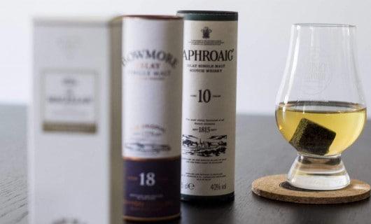 Whisky subscription tasting box